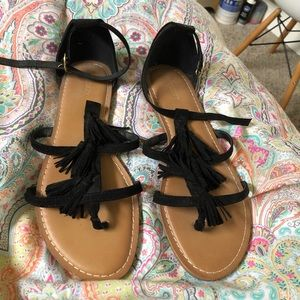 brand new. worn once! old navy sandals!